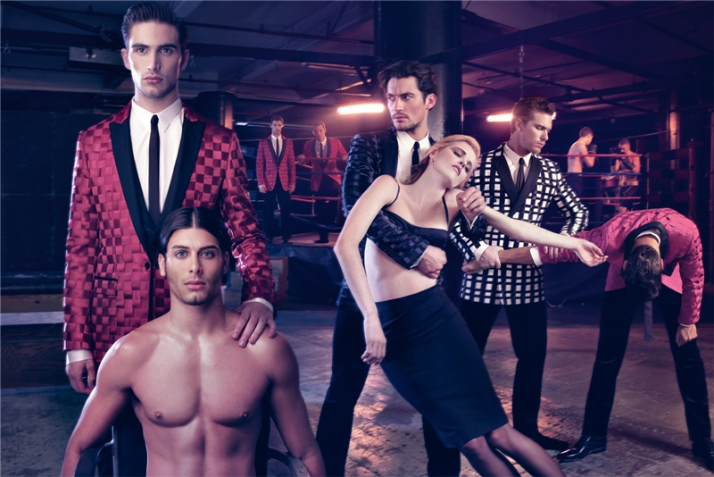 Pictured shirtless, Jesus Luz stars in Dolce & Gabbana's fall-winter 2009 campaign. Julien Quévenne, David Gandy, and Adam Senn also appear in the advertisement.