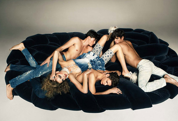 Beyond Blue | Isaac Weber, Joan Pedrola & Marlon Teixeira by Knoepfel & Indlekofer