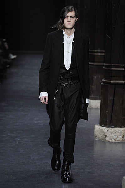 Paris Fashion Week | Ann Demeulemeester Fall 2010