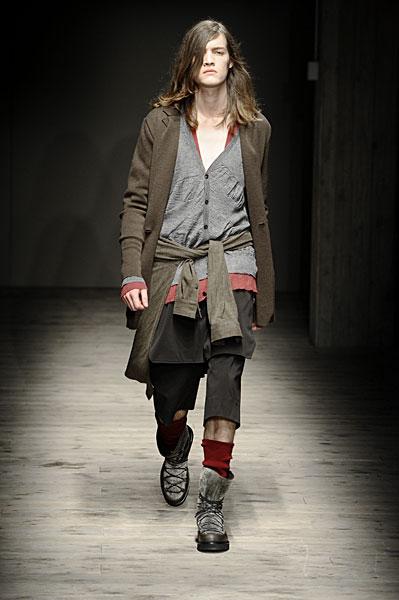 Milan Fashion Week   Giuliano Fujiwara Fall 2010