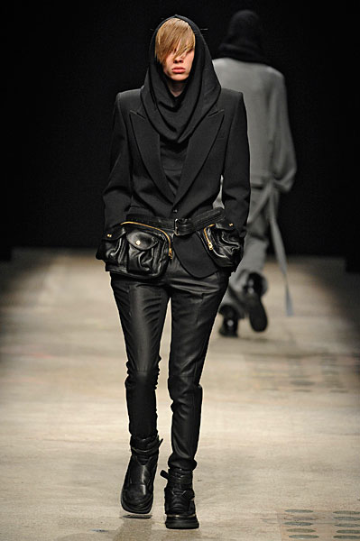 Paris Fashion Week | Juun J Fall 2010