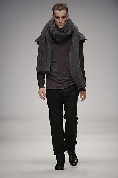 London Fashion Week | Carolyn Massey Fall 2010