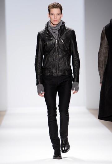 New York Fashion Week | Yigal Azrouël Fall 2010