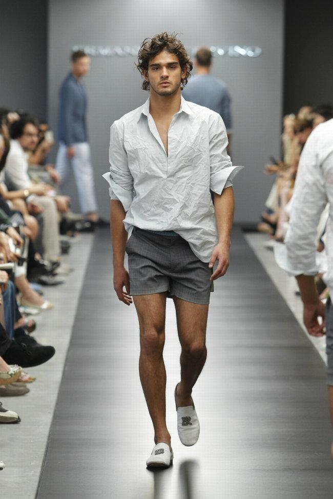 Ermanno Scervino Spring 2012 Milan Fashion Week The