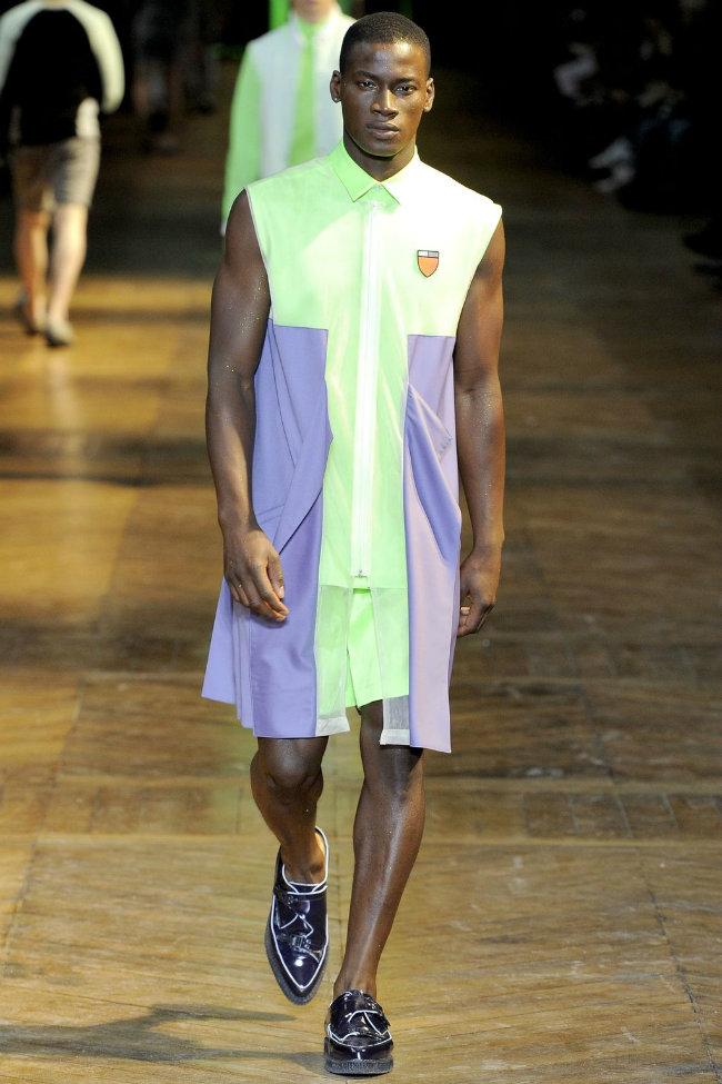 Mugler Spring 2012   Paris Fashion Week