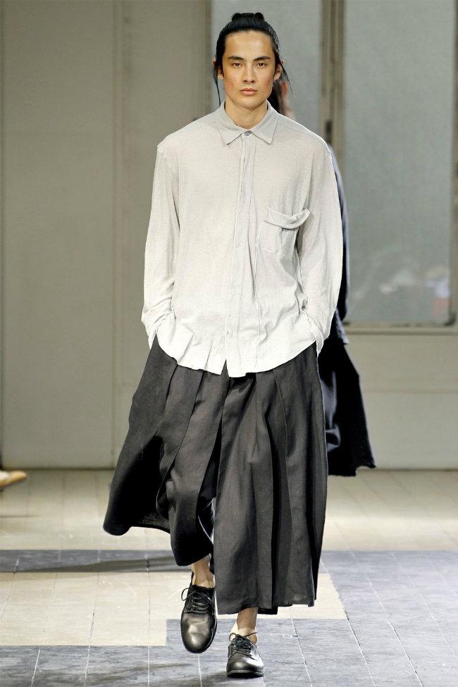 yohji yamamoto spring 2012 paris fashion week the