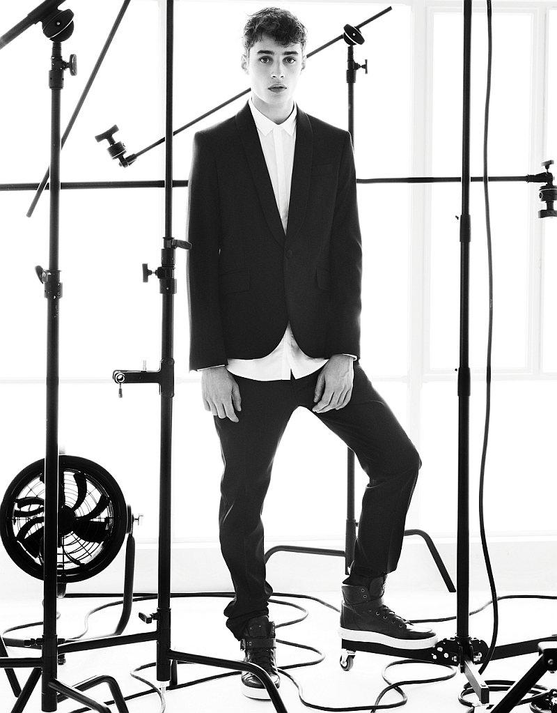 Adrien Sahores for Pierre Balmain Spring 2012 (Teaser)