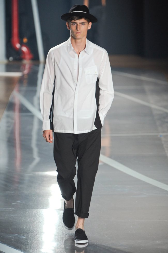 Alexander Beck subscribes to the school of Yamamoto for Y-3's spring/summer 2012 showing.