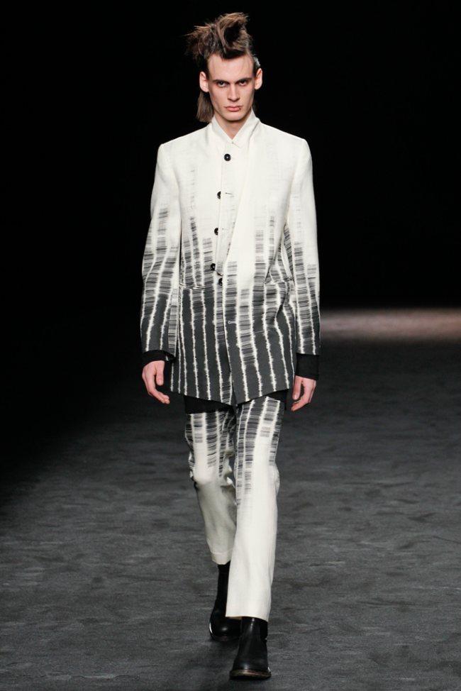 Ann Demeulemeester Fall/Winter 2012   Paris Fashion Week