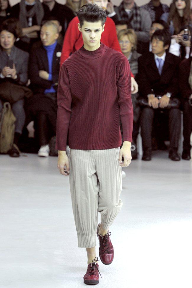 Issey Miyake Fall/Winter 2012 | Paris Fashion Week