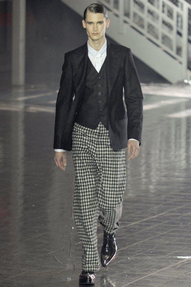 John Galliano Fall/Winter 2012 | Paris Fashion Week image