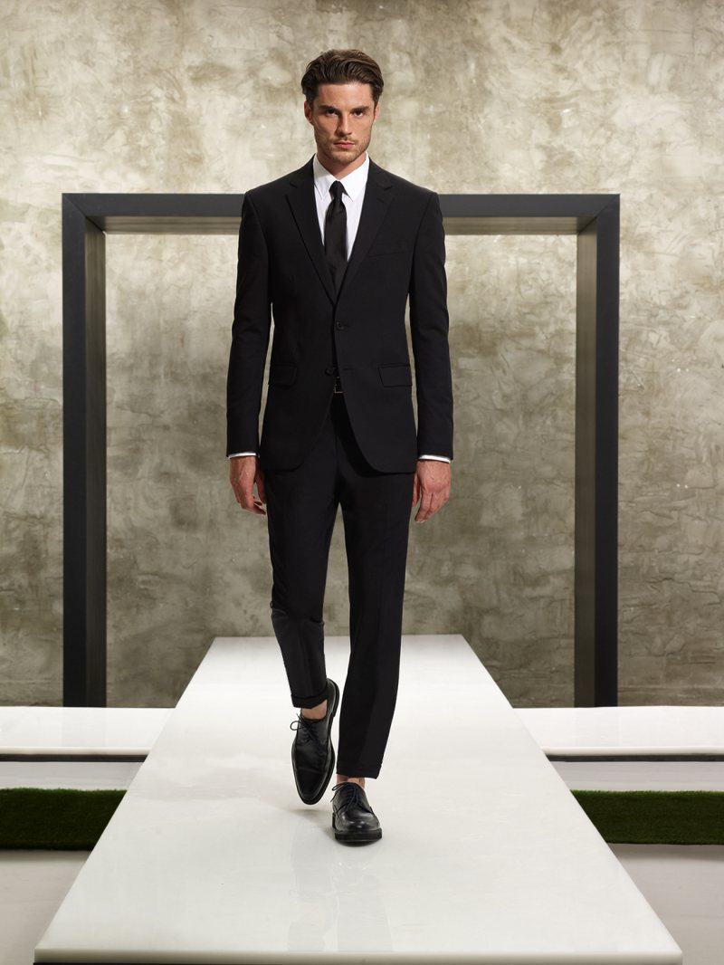Casey Taylor for Kenneth Cole Spring/Summer 2012