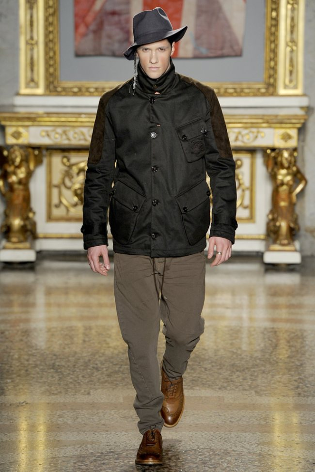 Vivienne Westwood Fall/Winter 2012 | Milan Fashion Week