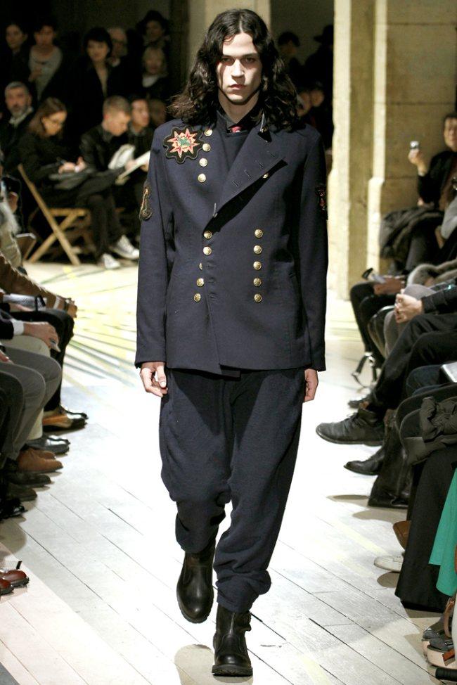 Yohji Yamamoto Fall/Winter 2012 | Paris Fashion Week image