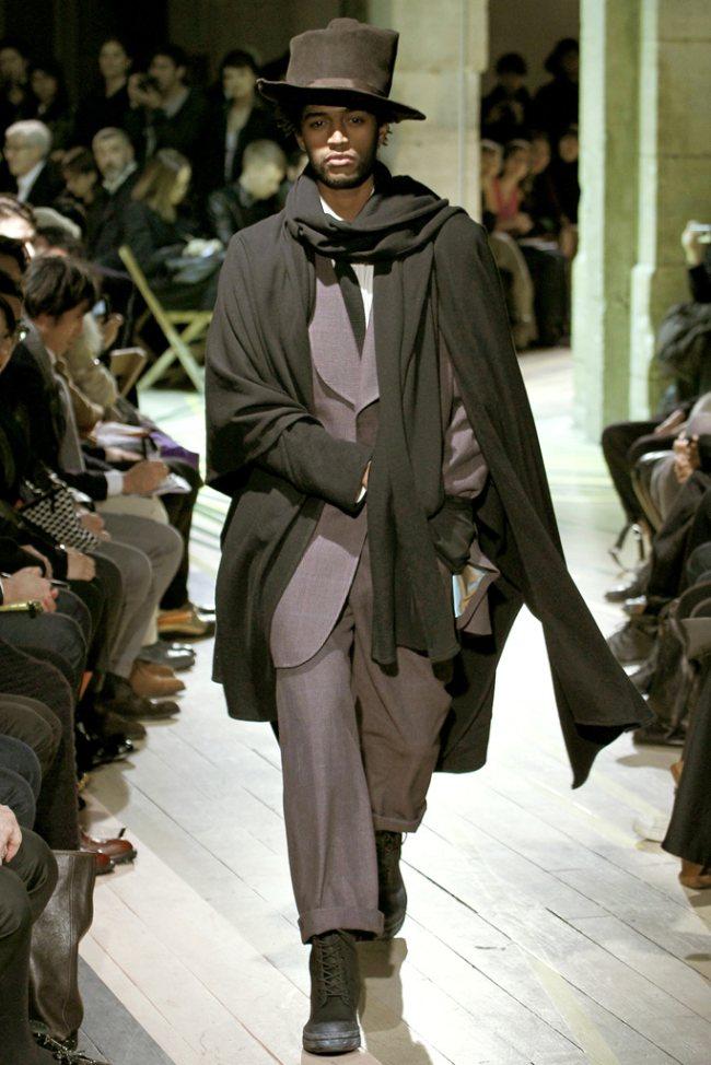 Yohji Yamamoto Fall/Winter 2012 | Paris Fashion Week
