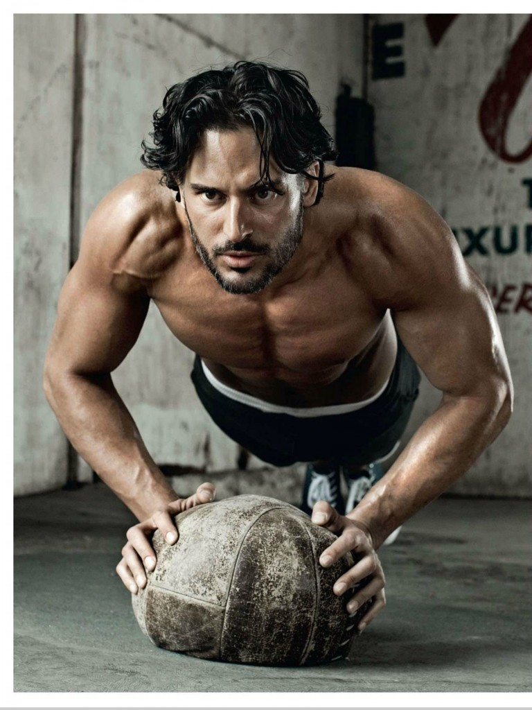 Joe-Manganiello-Shirtless-Pushup