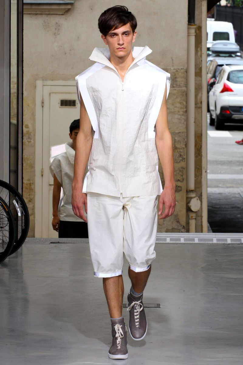 Issey Miyake Spring/Summer 2013 | Paris Fashion Week