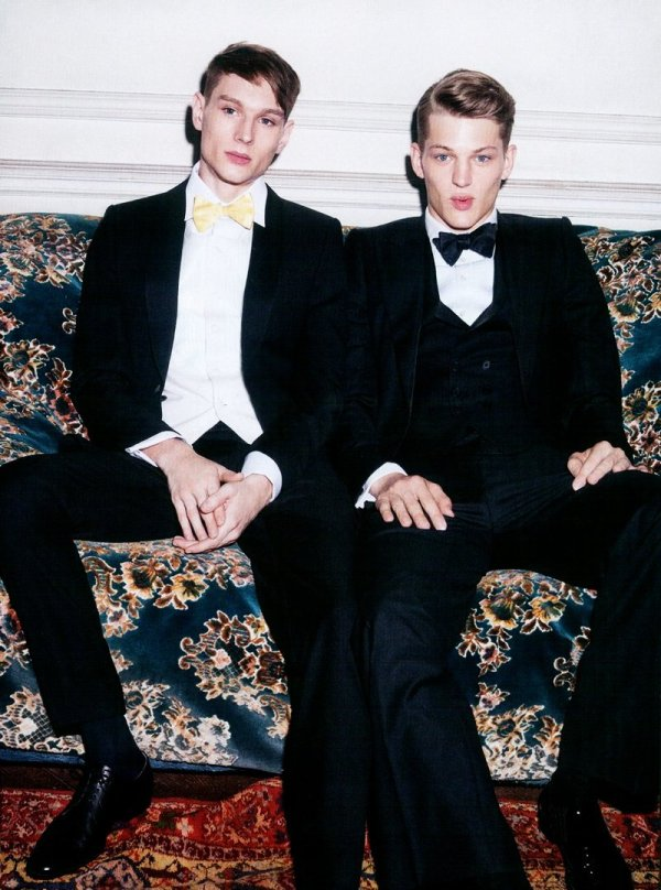 Suit Yourself by Andreas Larsson for L'Officiel Hommes Germany