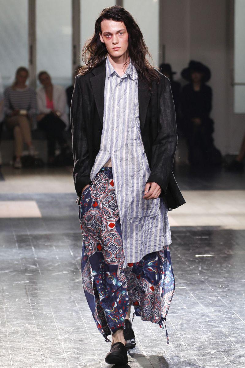 Yohji Yamamoto Spring/Summer 2013   Paris Fashion Week