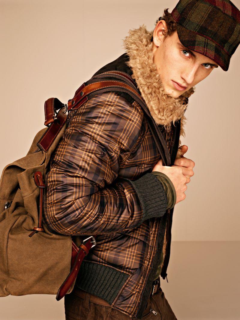 """Casual-Menswear-in-Dolce-Gabbana-Autumn-Winter-2012-2013-""""Moda""""-Lookbook-10"""