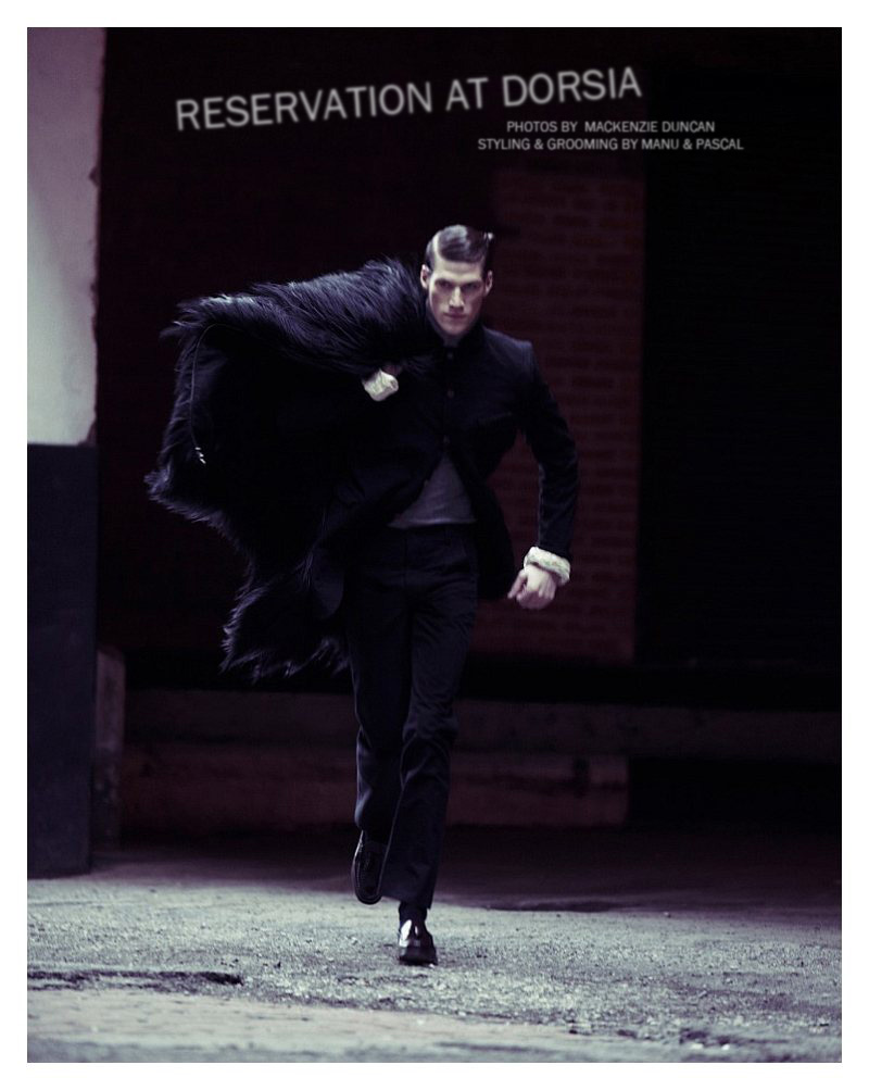 Alex Loomans by Mackenzie Duncan for Fashionisto Exclusive