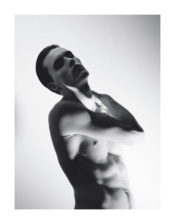 Luka Badnjar by Alessandro Dal Buoni for Hero