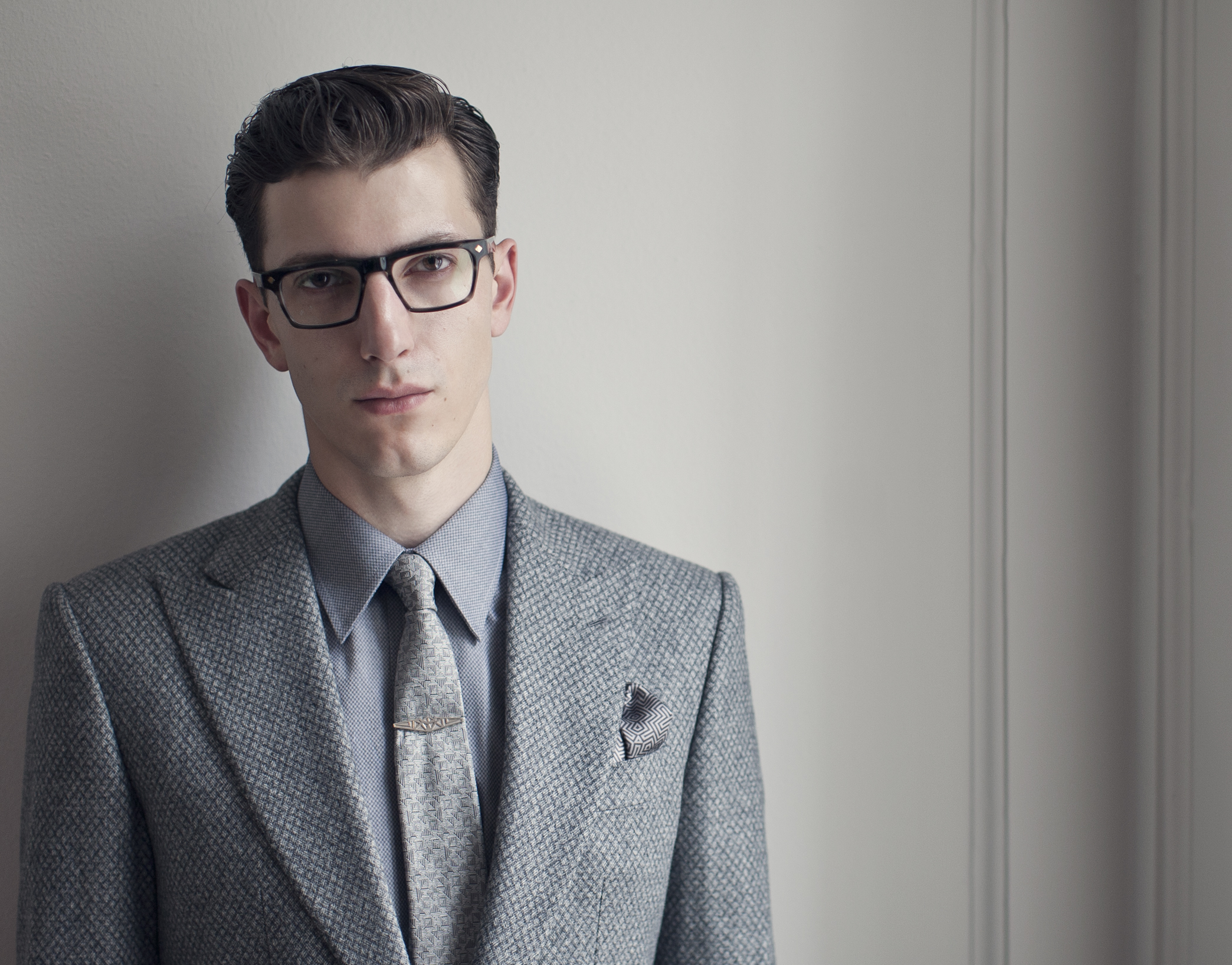 Hardy Amies Signature Eyewear Collection has a Classic Gentleman's Charm