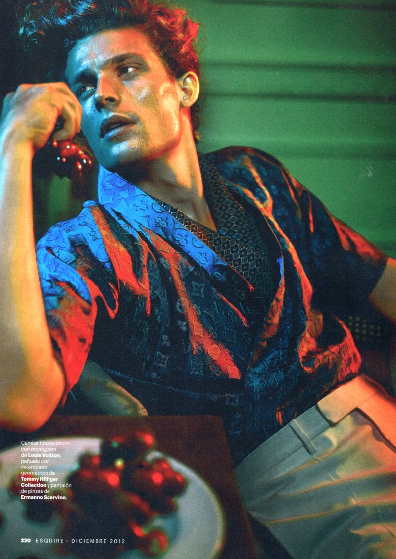 Wouter Peelen Powders his Hair for Esquire España
