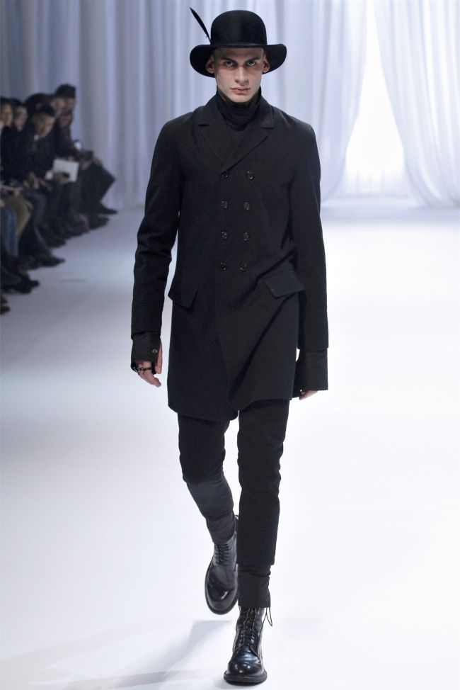 Ann Demeulemeester Fall/Winter 2013   Paris Fashion Week