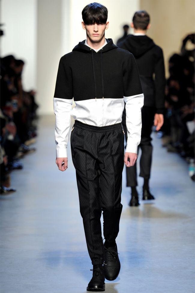KRISVANASSCHE Fall/Winter 2013 | Paris Fashion Week