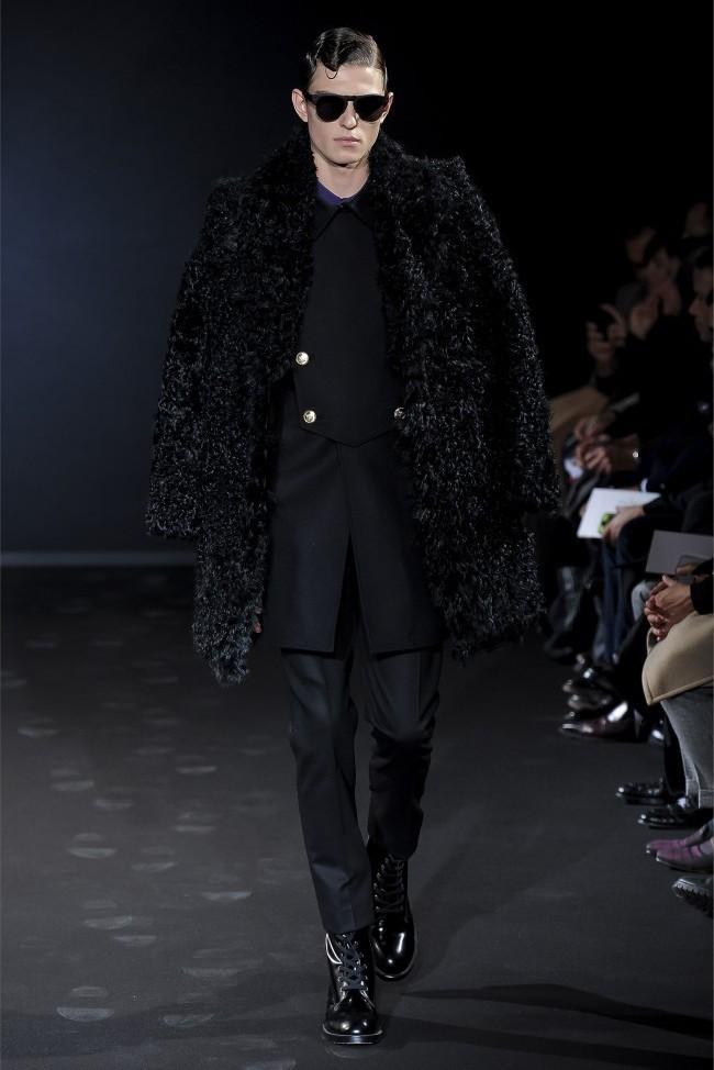 Les Hommes Fall/Winter 2013 | Milan Fashion Week image