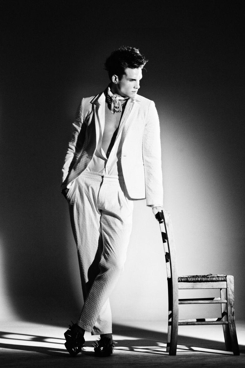 Joan Mirangels by Javi Dardo for Fashionisto Exclusive