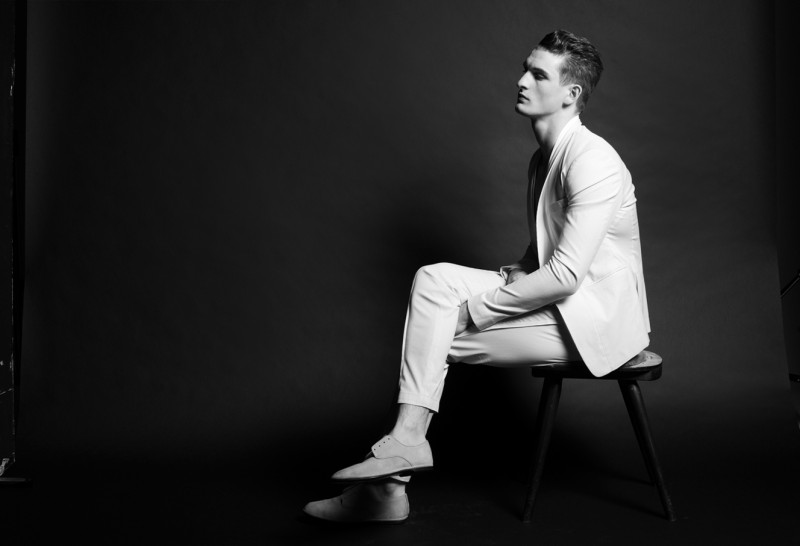 Thomas Sottong Models Light Spring Fashions for TenMag