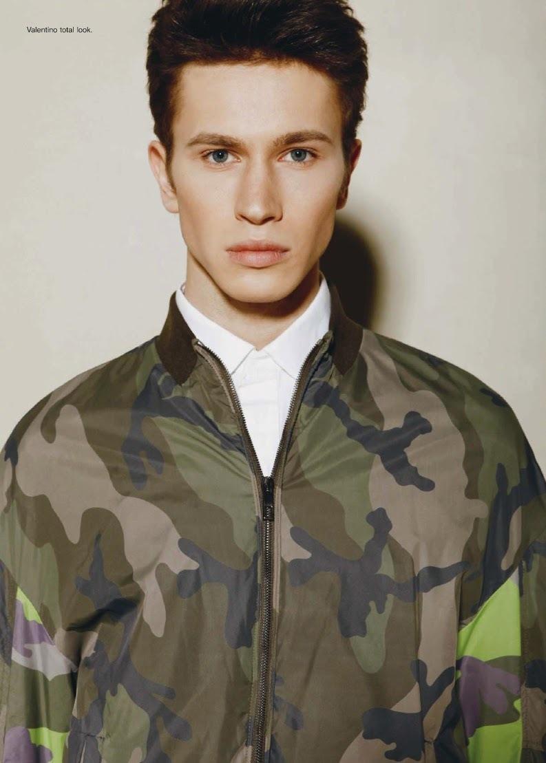 Victor Gorincioi Models Sleek Spring Styles for Book Moda Uomo