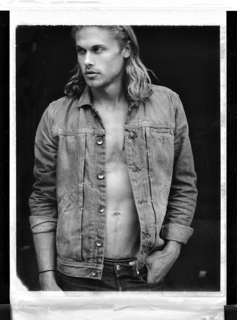 Christopher Mason by Benjo Arwas for Fashionisto Exclusive