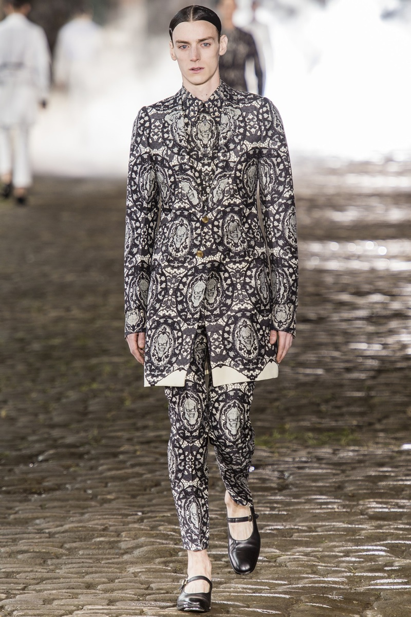 695c55e4ff79 Alexander McQueen Spring Summer 2014 Menswear   London Collections  Men