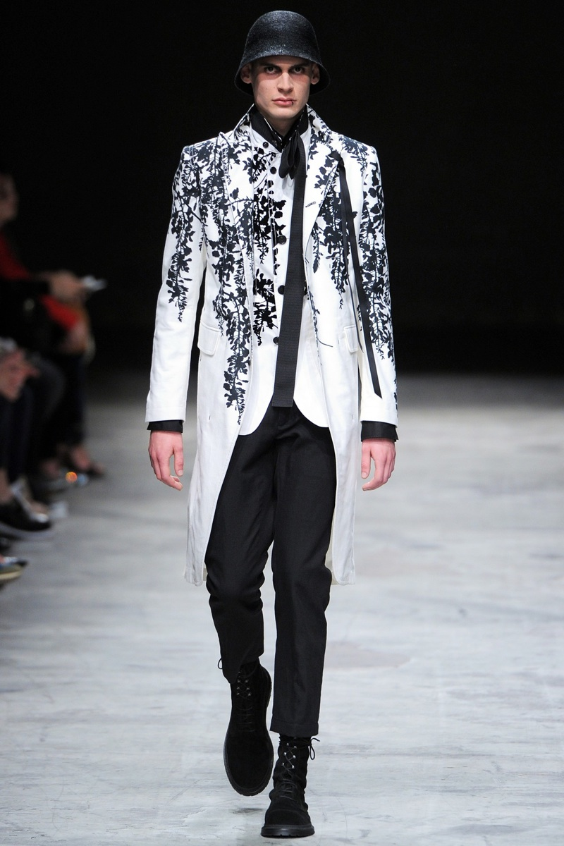 Ann Demeulemeester Spring/Summer 2014 Menswear   Paris Fashion Week