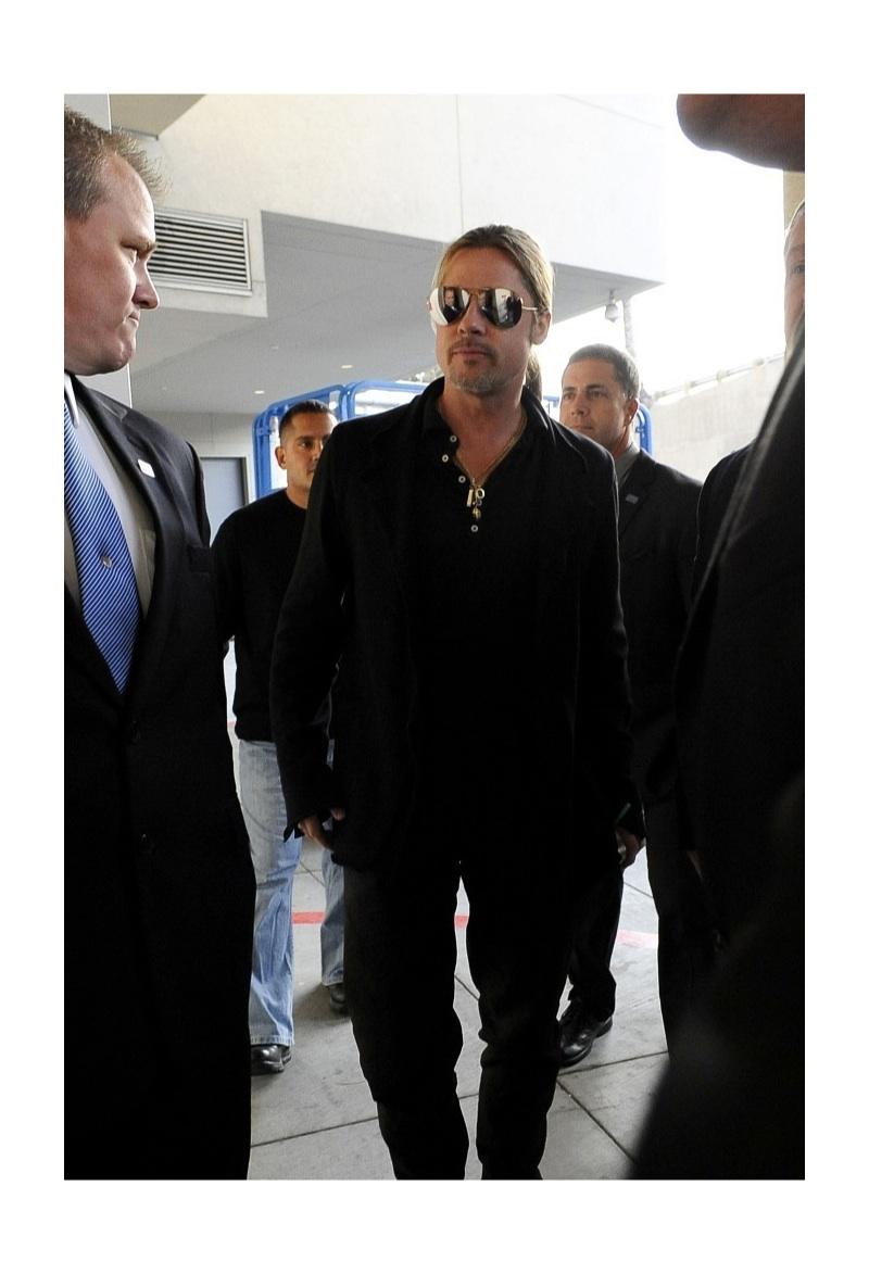 Brad Pitt, Henry Cavill & Channing Tatum Rock Their Ray-Ban Aviators