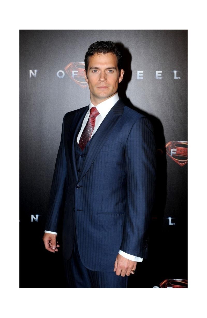Henry Cavill Wears Ermenegildo Zegna to Australian Premiere of 'Man of Steel'