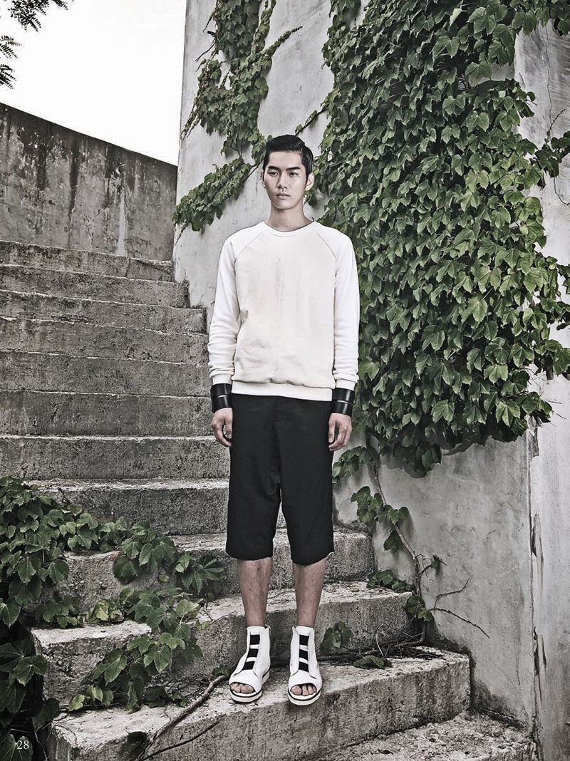 Jehee Sheen Spring/Summer 2014 Collection image