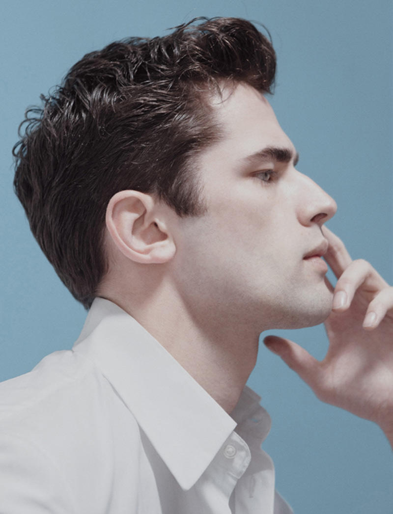 Sean O Pry Plays With Minimalism For Elle Man Mexico S