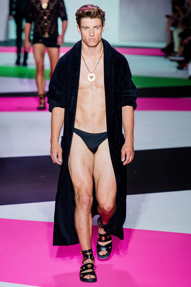 e53eecf0d940 Versace Model Spring-Summer 2014 Collection Runway Robe Shirtless Underwear