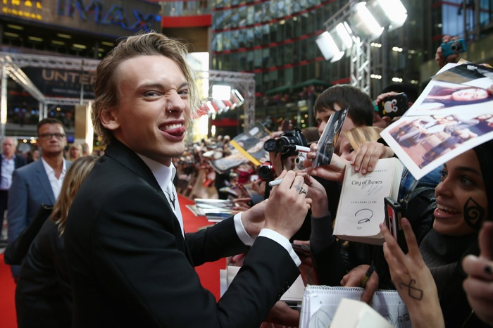 Jamie Campbell Bower 2