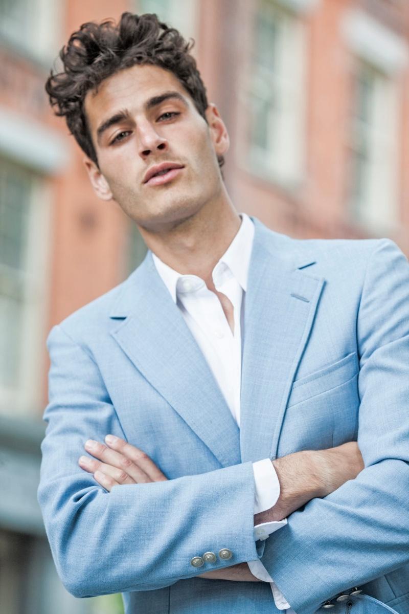 Matthew Coatsworth Poses for Ricardo Nelson