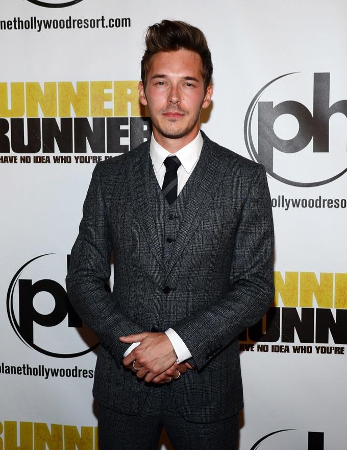Sam Palladio Wears John Varvatos to 'Runner Runner' Premiere