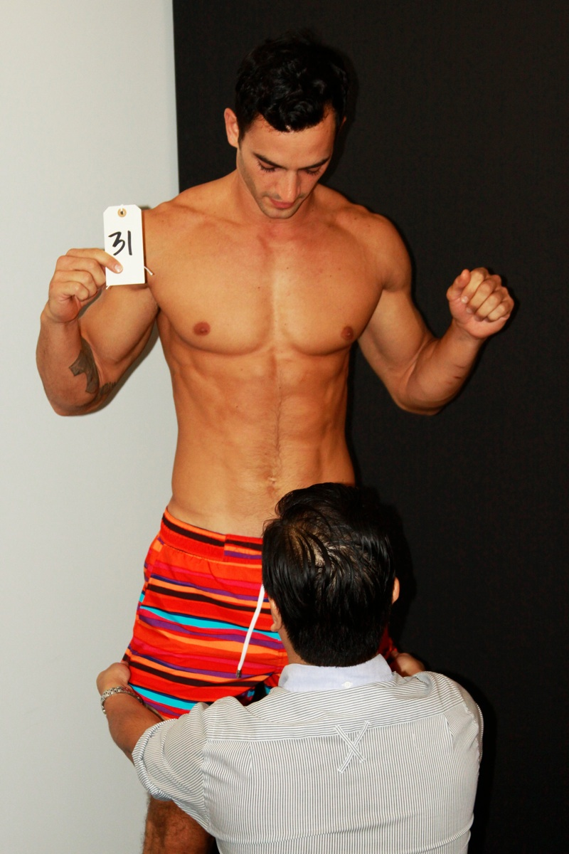 Behind the Scenes | Model Fitting for 2(X)IST Underwear ...