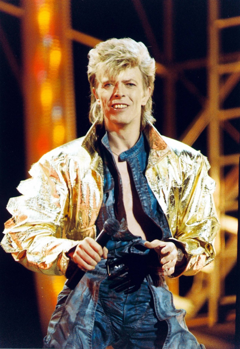 David Bowie pumps up the volume for his 1987 Glass Spider tour.