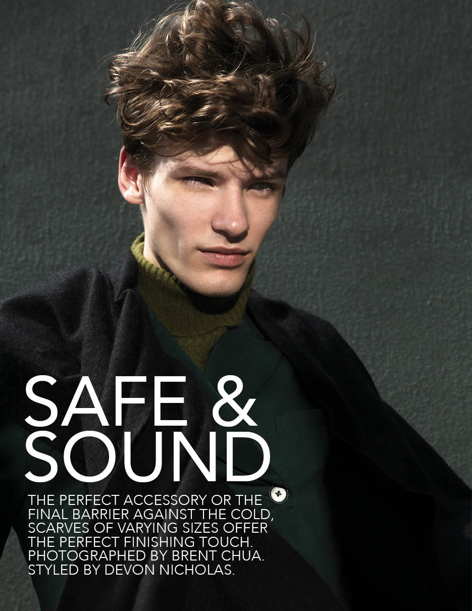 Douglas Neitzke & Tomek Szalanski Wear Winter Scarves for Fashionisto #9