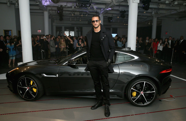 Colin Kaepernick Kicks Off Super Bowl Week in Style | The
