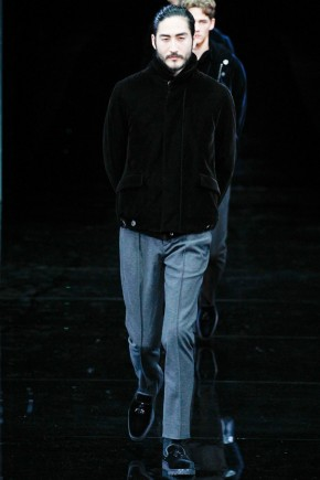 giorgio-armani-fall-winter-2014-show-photos-0060